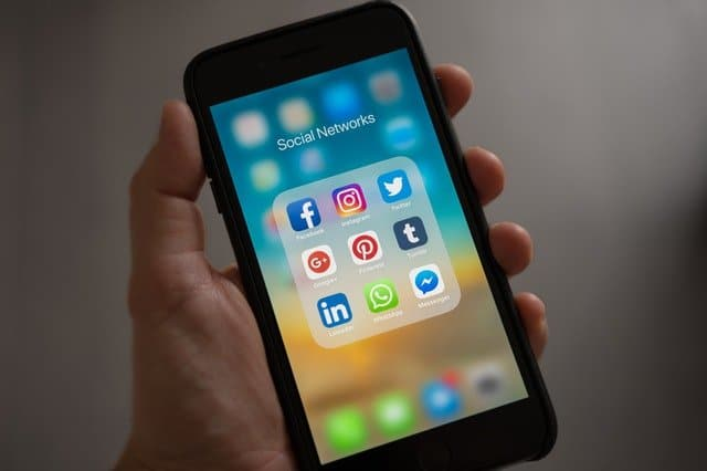 social media networks on iphone