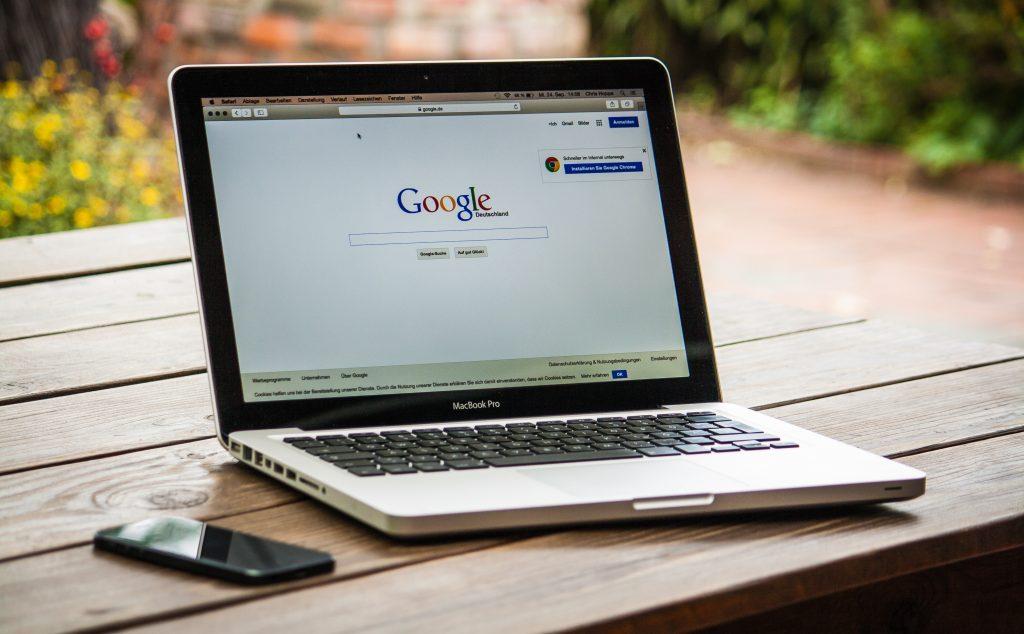 google search bar on macbook